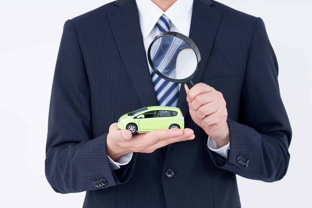 弊社ではJAAI買取査定士や中古車販売士の専門資格を持つスタッフが常駐しておりますので、良質な中古車の買取からお求めのお客様への丁寧なご説明、どのような中古車がマッチするかなど販売のご提案まできめ細やかにサポートさせていただきます。